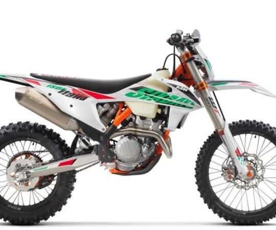 ktm-250-exc-f-sixdays-2021-01